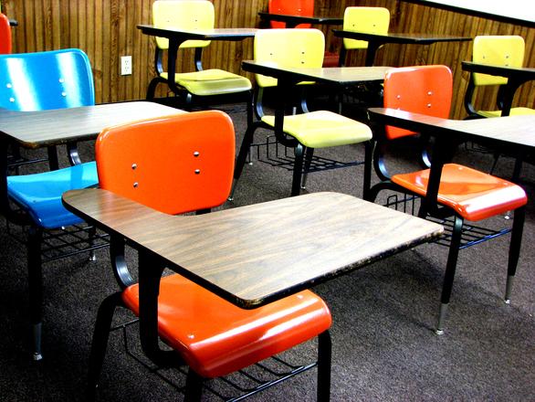Detalle de un aula vacía