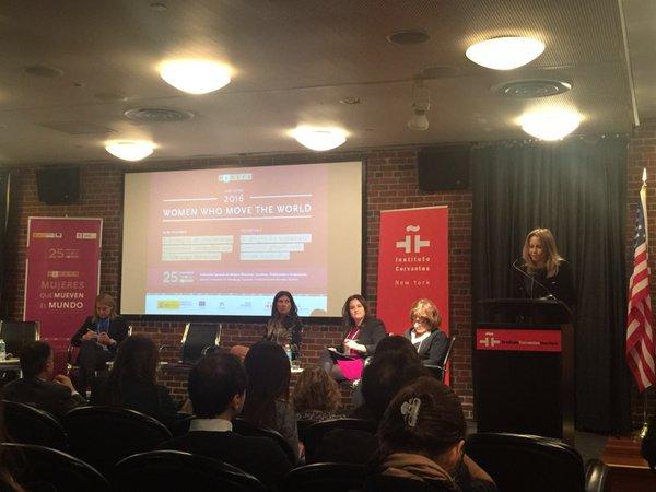 Sede del Instituto Cervantes en NY. Momento del debate en torno al papel de las mujeres en el crecimiento económico sostenible y el liderazgo femenino en las empresas