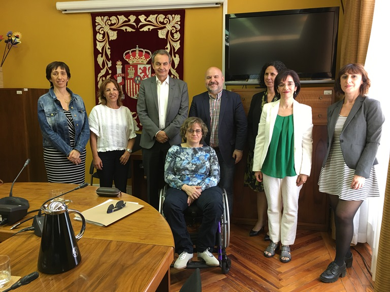 José Luis Rodríguez Zapatero con los miembros del Patronato de la FCM