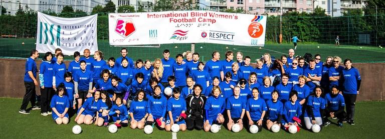 El fútbol para mujeres y niñas ciegas despega