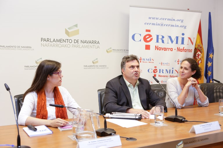 De izquierda a derecha: Esther Castellanos Torres, Valentín Fortun y Ana Peláez Narváez