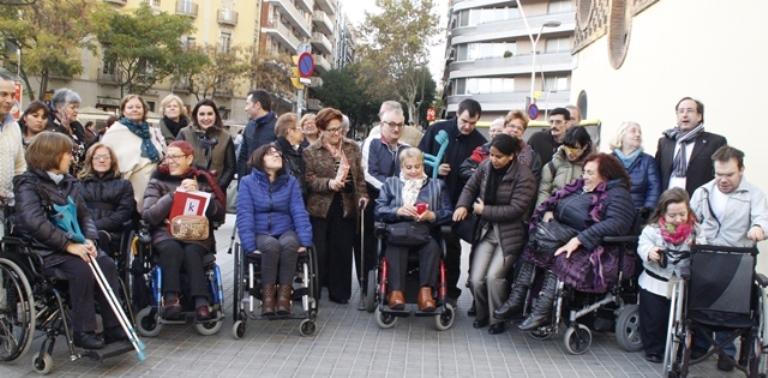 Grupo de mujeres con discapacidad de la asociación 'Dones no standars'