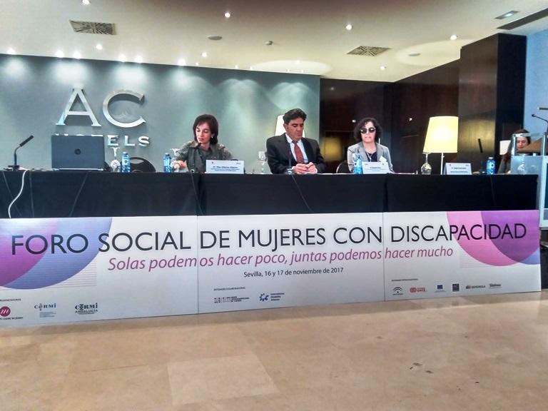 Momento del I Foro social de mujeres con discapacidad