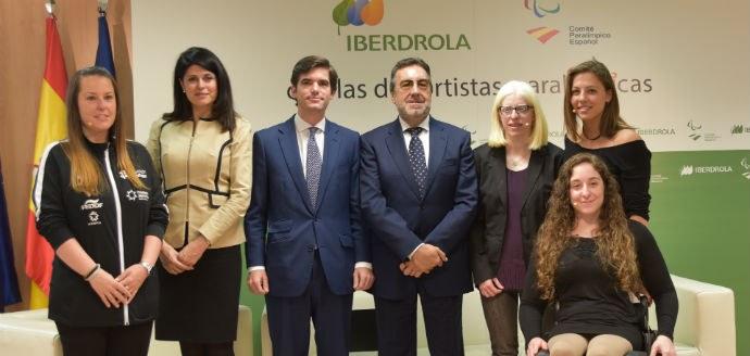 El Director general de Deportes del Consejo Superior de Deportes, Jaime González Castaño, el presidente del Comité Paralímpico Español, Miguel Carballeda, y la responsable de Relaciones Institucionale