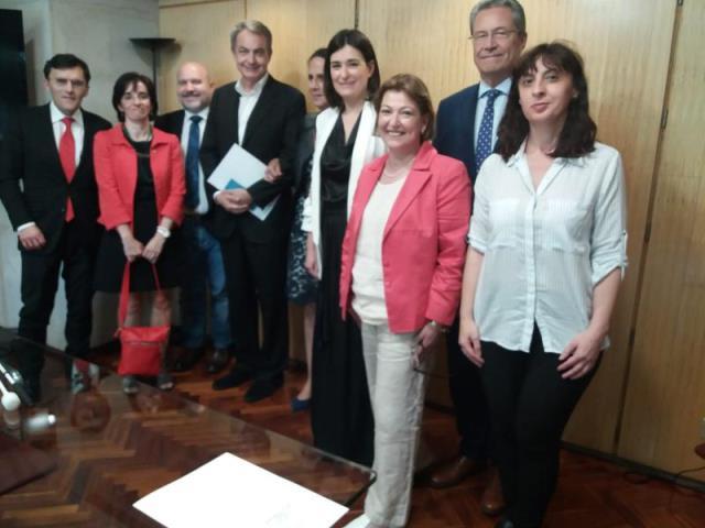 La Fundación CERMI Mujeres traslada a Carmen Montón las principales demandas de las mujeres y niñas con discapacidad