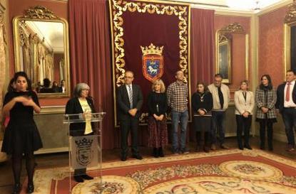 El alcalde de Pamplona llama a seguir luchando por la igualdad de derechos de las mujeres y niñas con discapacidad