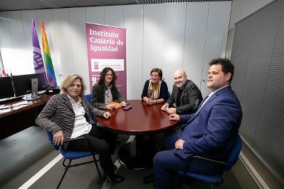 Canarias. El ICI acuerda con la ONCE y el CERMI impulsar medidas para visibilizar a las mujeres con discapacidad en Canarias