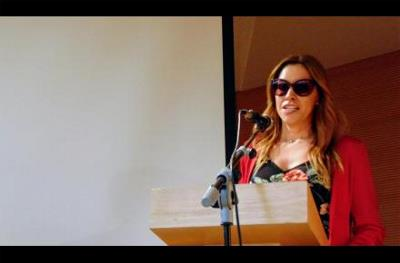 La diputada andaluza Mercedes López recibe el 'Premio cermi.es' por su ejemplo como mujer con discapacidad en la vida política